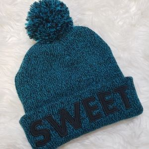 """Accessories - """"SWEET"""" turquoise hat"""